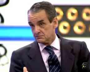 Mario Conde presenta sus soluciones a la crisis en La Noria
