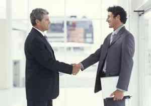 Potenciar la comunicación entre el jefe y los empleados