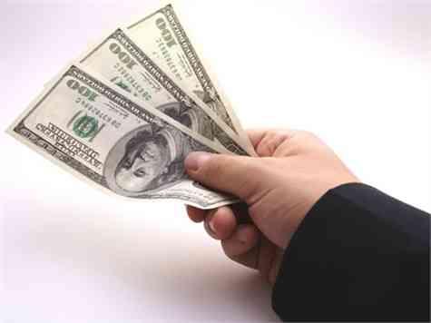 Prestar dinero familiares