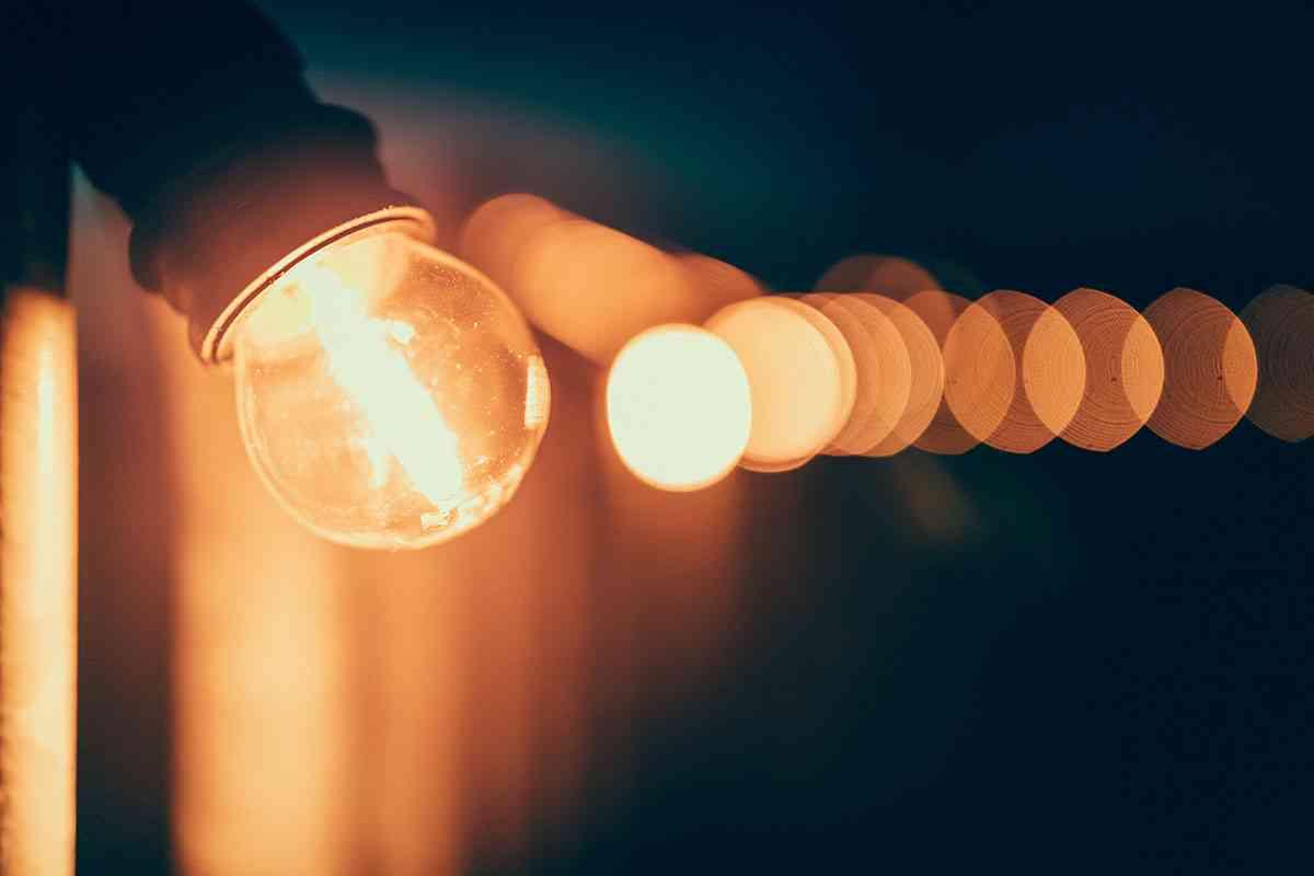 ¿Cómo afecta el cambio de hora a la factura de la luz durante la cuarentena?